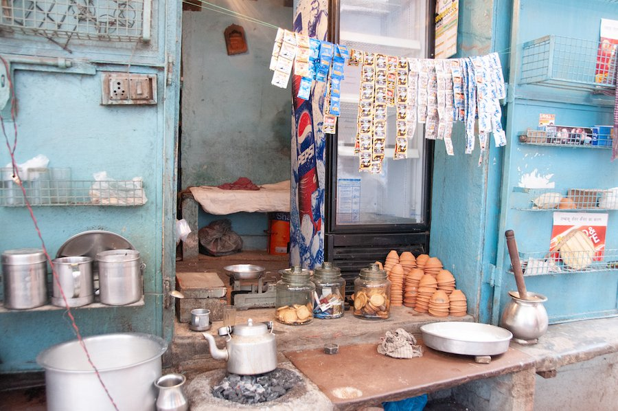 Pros and Cons of street Food