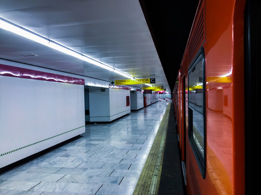 Metro - Transportation and Getting Around Mexico
